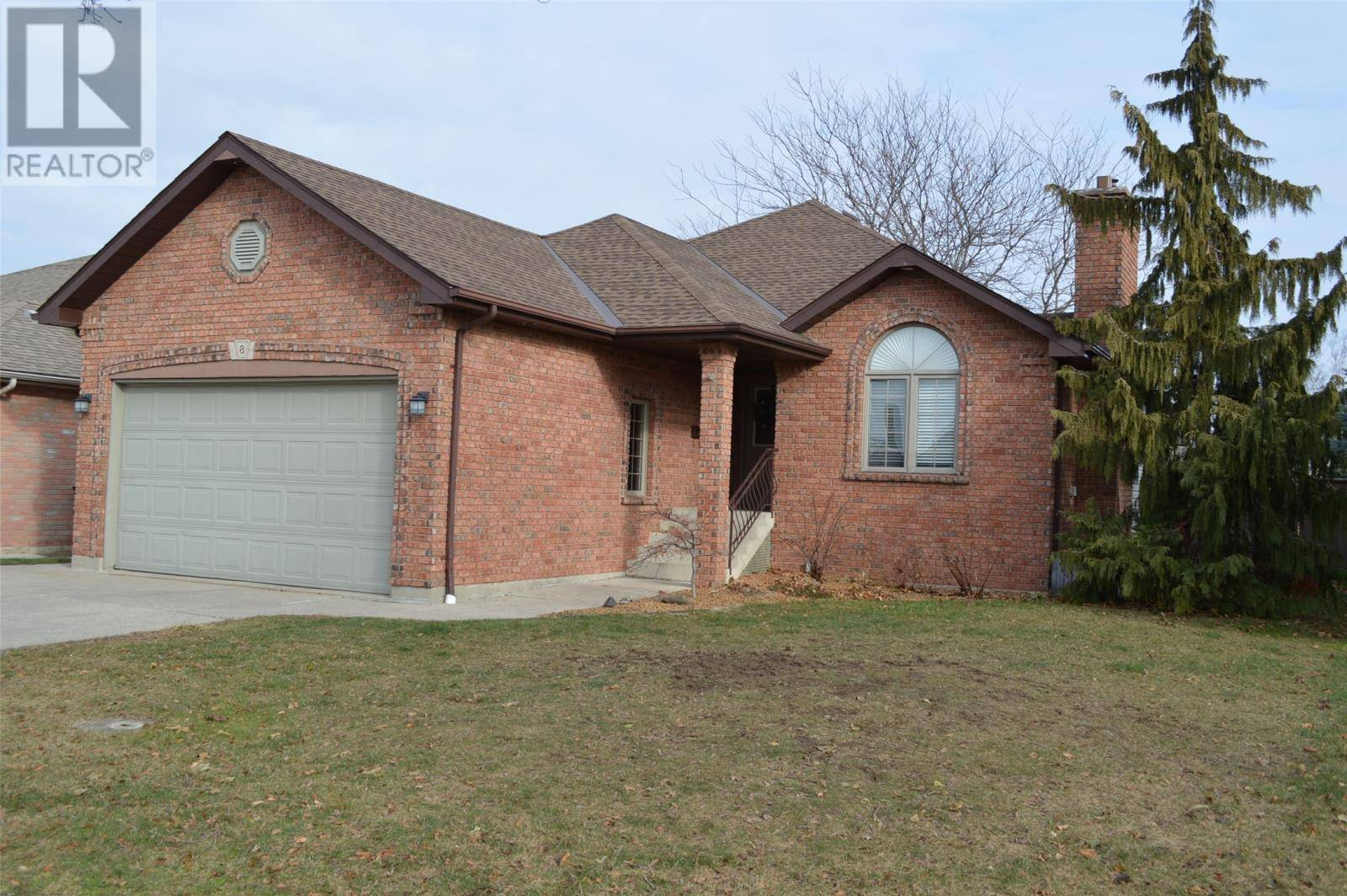 House for sale at 8 Garden Path Chatham Ontario - MLS: 19025933