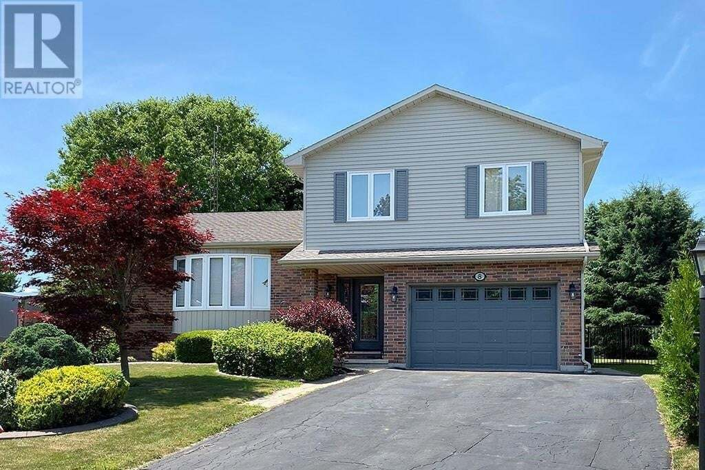 House for sale at 8 Hampton Ct Port Dover Ontario - MLS: 30821015