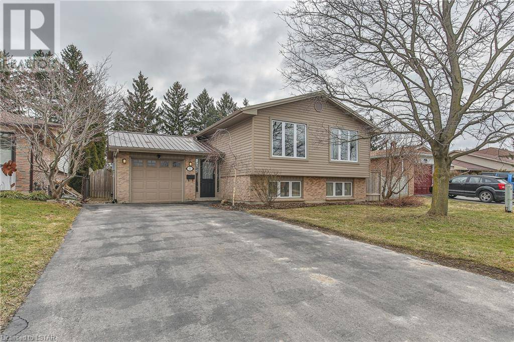 House for sale at 8 Harrow Ct London Ontario - MLS: 250773
