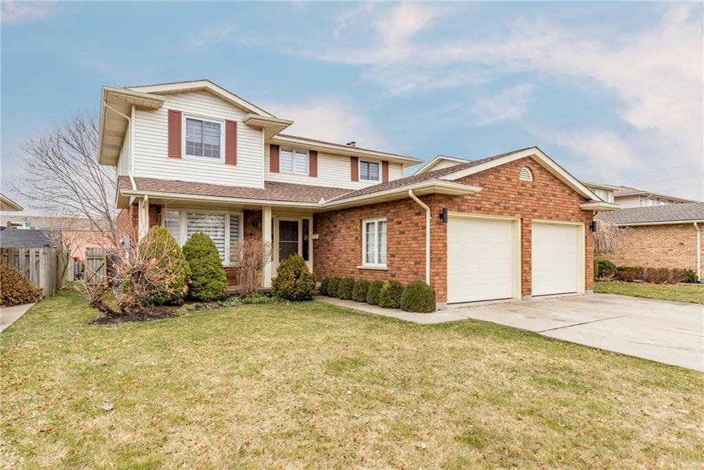 House for sale at 8 Harvest Oak Dr St. Catharines Ontario - MLS: 30799050