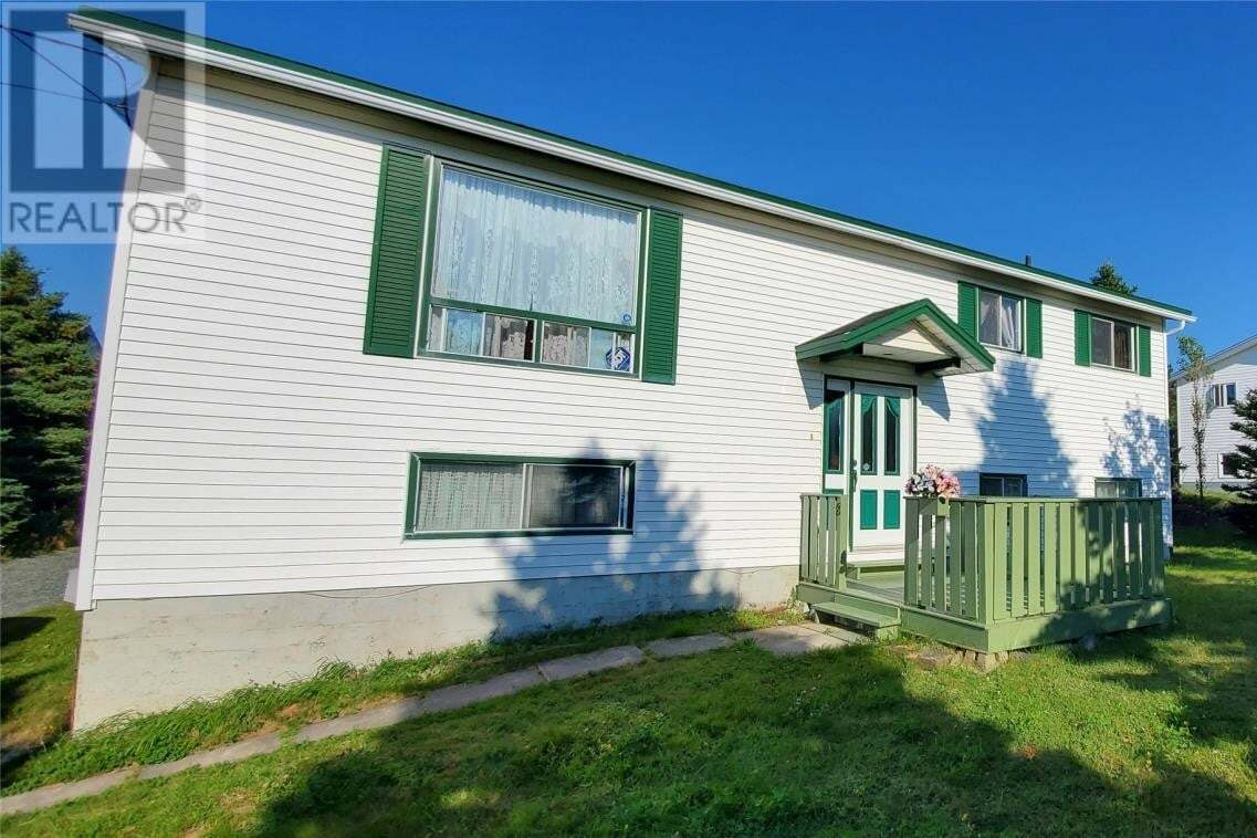 House for sale at 8 Jamie Murphy Pl Conception Bay South Newfoundland - MLS: 1218911