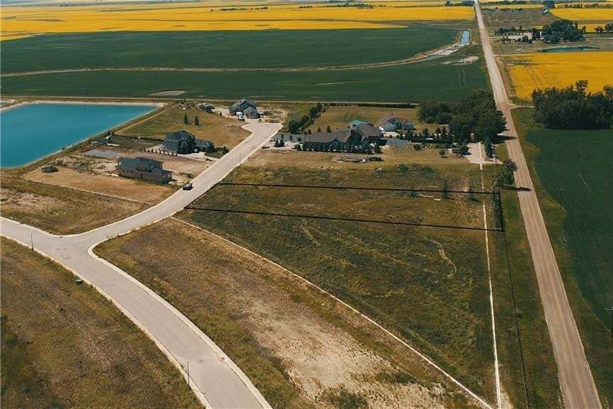 Home for sale at 8 Kautz Cl Lakes Of Muirfield, Lyalta Alberta - MLS: C4297407