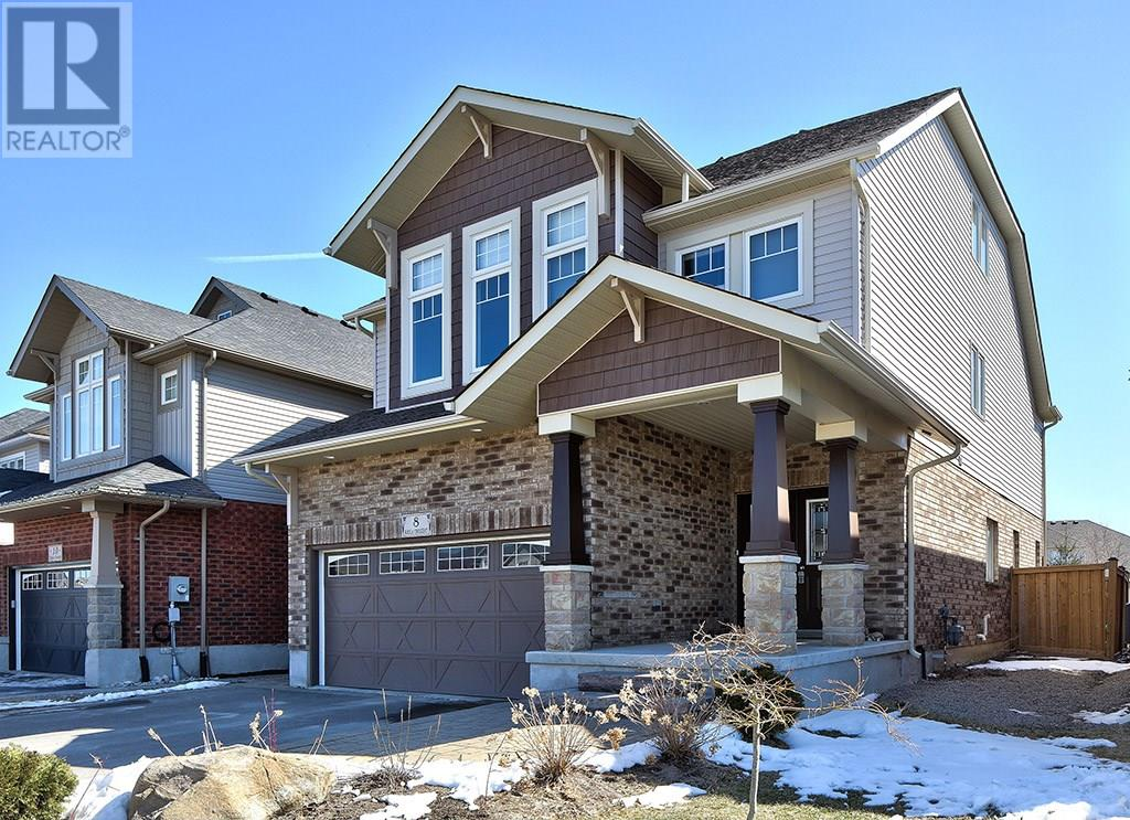 For Sale: 8 Kayla Crescent, Collingwood, ON | 4 Bed, 3 Bath House for $750,000. See 33 photos!