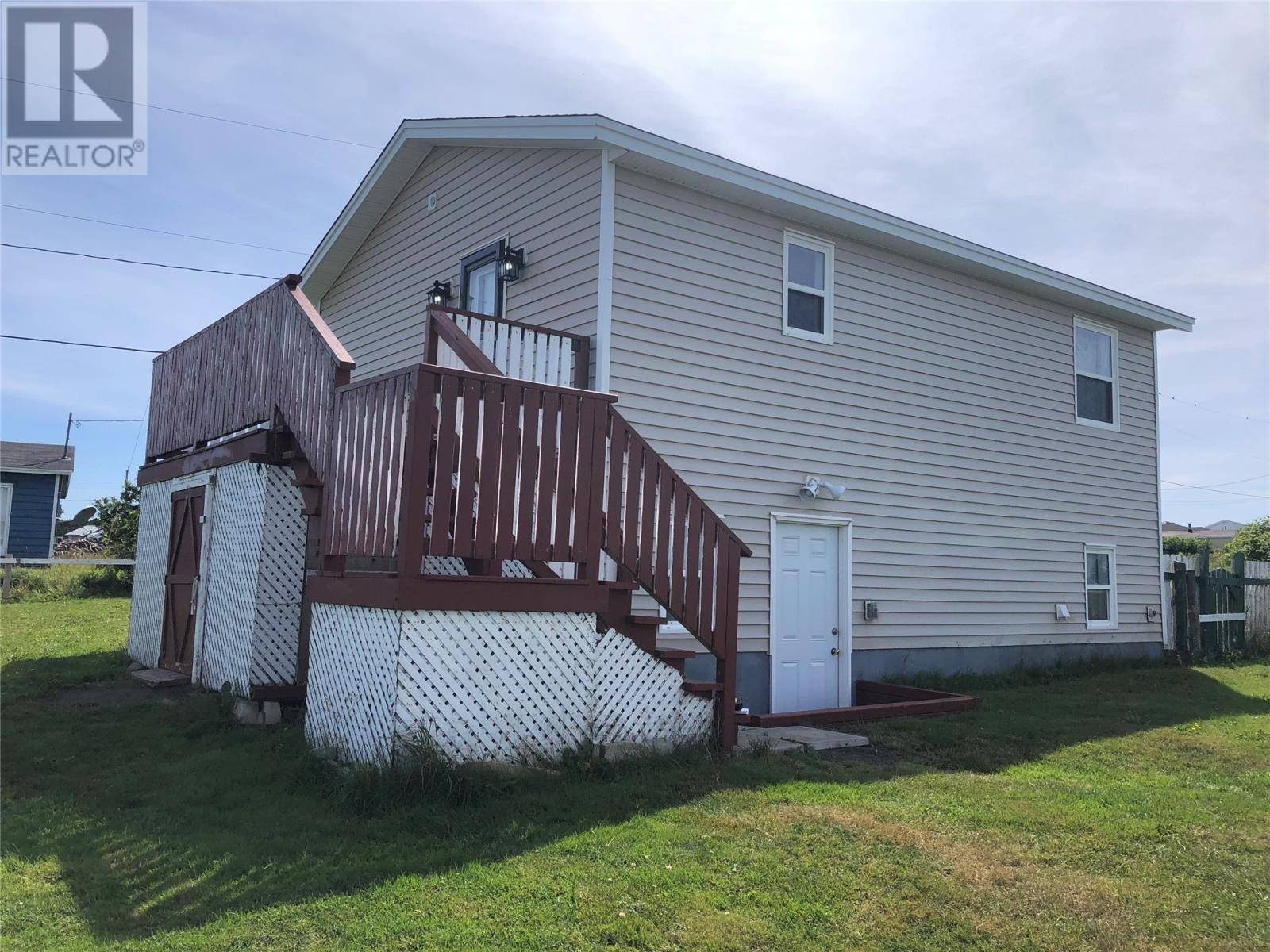 House for sale at 8 Kitchens Ln Bell Island Newfoundland - MLS: 1209687