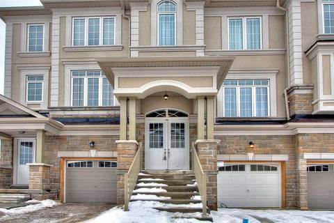 Townhouse for sale at 8 Lasalle Ln Richmond Hill Ontario - MLS: N4367924