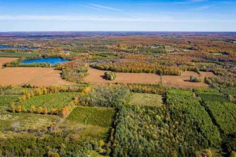 Residential property for sale at 8 Lot Rd Chatsworth Ontario - MLS: X4905841
