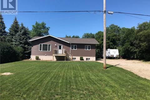 House for sale at 8 Main St Manor Saskatchewan - MLS: SK767958