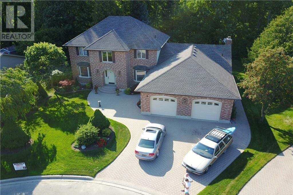 House for sale at 8 Manor Wood Cres Kincardine Ontario - MLS: 247467