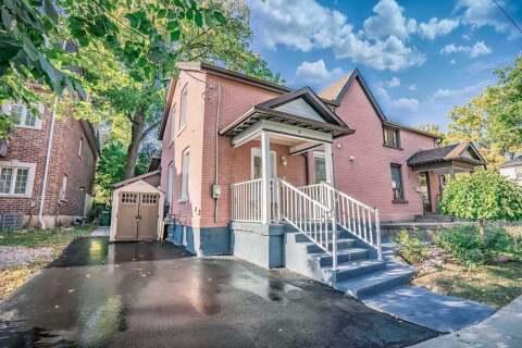 Townhouse for sale at 8 Market St Brampton Ontario - MLS: W4927221