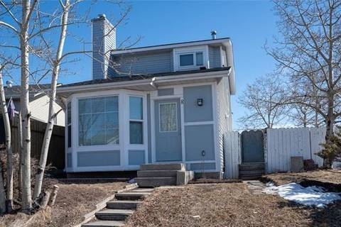 House for sale at 8 Martindale Dr Northeast Calgary Alberta - MLS: C4292277