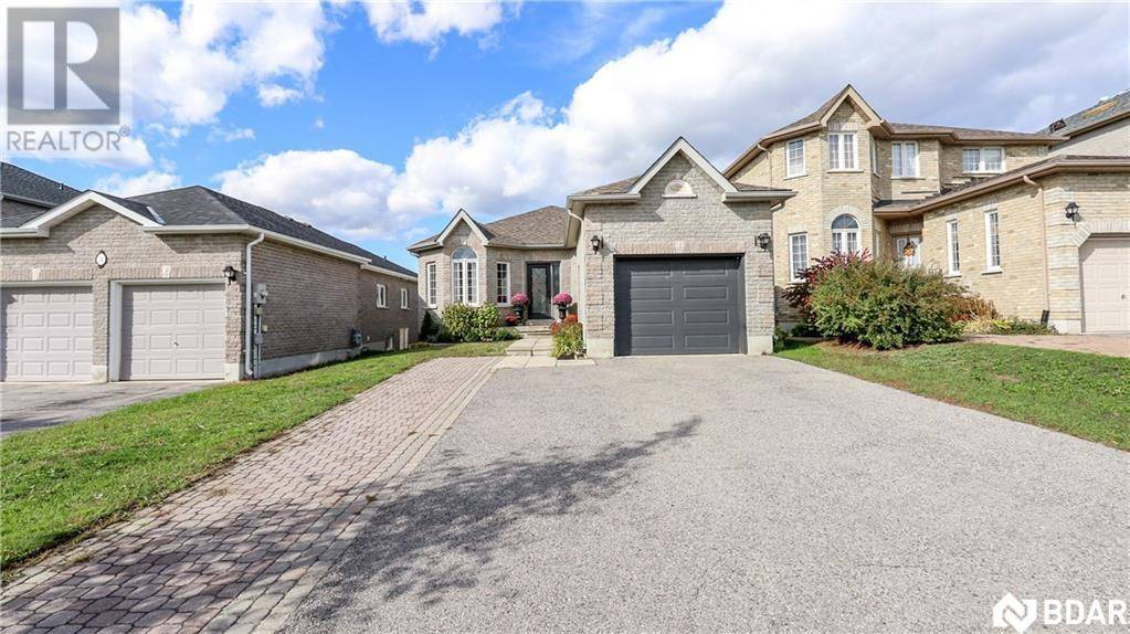 House for sale at 8 Mcintyre Dr Barrie Ontario - MLS: 30770859