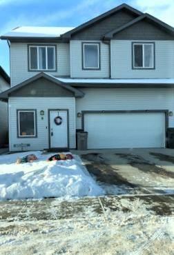House for sale at 8 Meridian Cs Stony Plain Alberta - MLS: E4182719