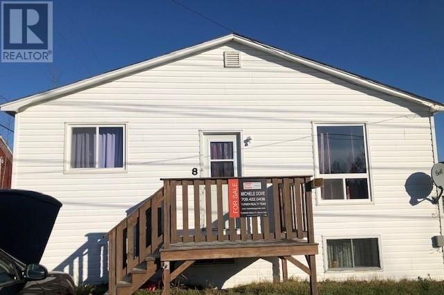 House for sale at 8 Pauls Hl Gambo Newfoundland - MLS: 1223702
