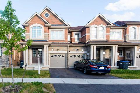Townhouse for sale at 8 Pennycross Cres Brampton Ontario - MLS: W4515498