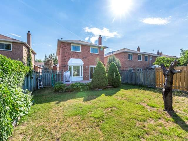 For Sale: 8 Porteous Circle, Brampton, ON | 4 Bed, 3 Bath House for $749,900. See 19 photos!