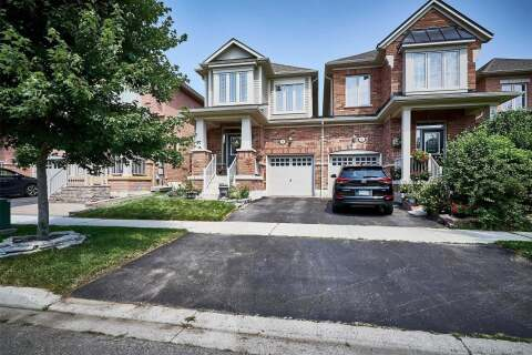 Townhouse for sale at 8 Powlesland St Ajax Ontario - MLS: E4829301