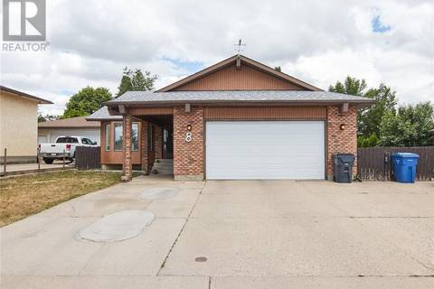 House for sale at 8 Red Oak Blvd Se Medicine Hat Alberta - MLS: mh0170957