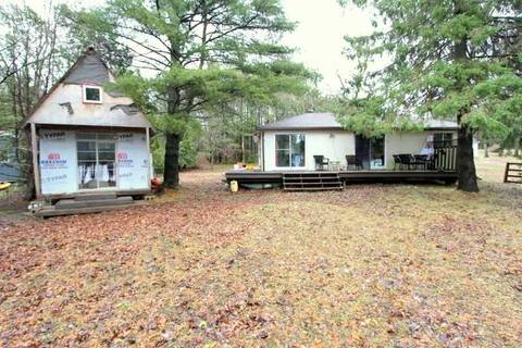 House for sale at 8 Rockside Ln Kawartha Lakes Ontario - MLS: X4423278
