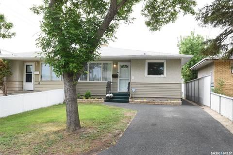 Townhouse for sale at 8 Rothwell Cres Regina Saskatchewan - MLS: SK776921
