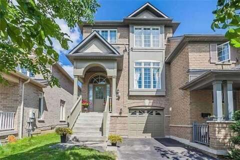 Townhouse for sale at 8 Saffron St Markham Ontario - MLS: N4781207