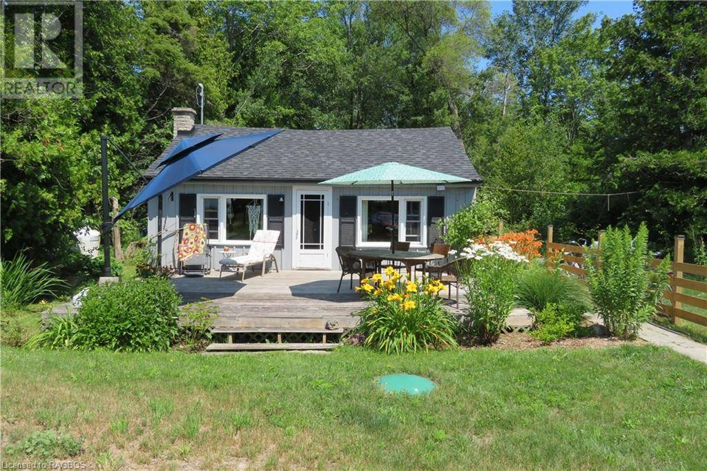 House for sale at 8 Sandy Beach Rd Northern Bruce Peninsula Ontario - MLS: 212939