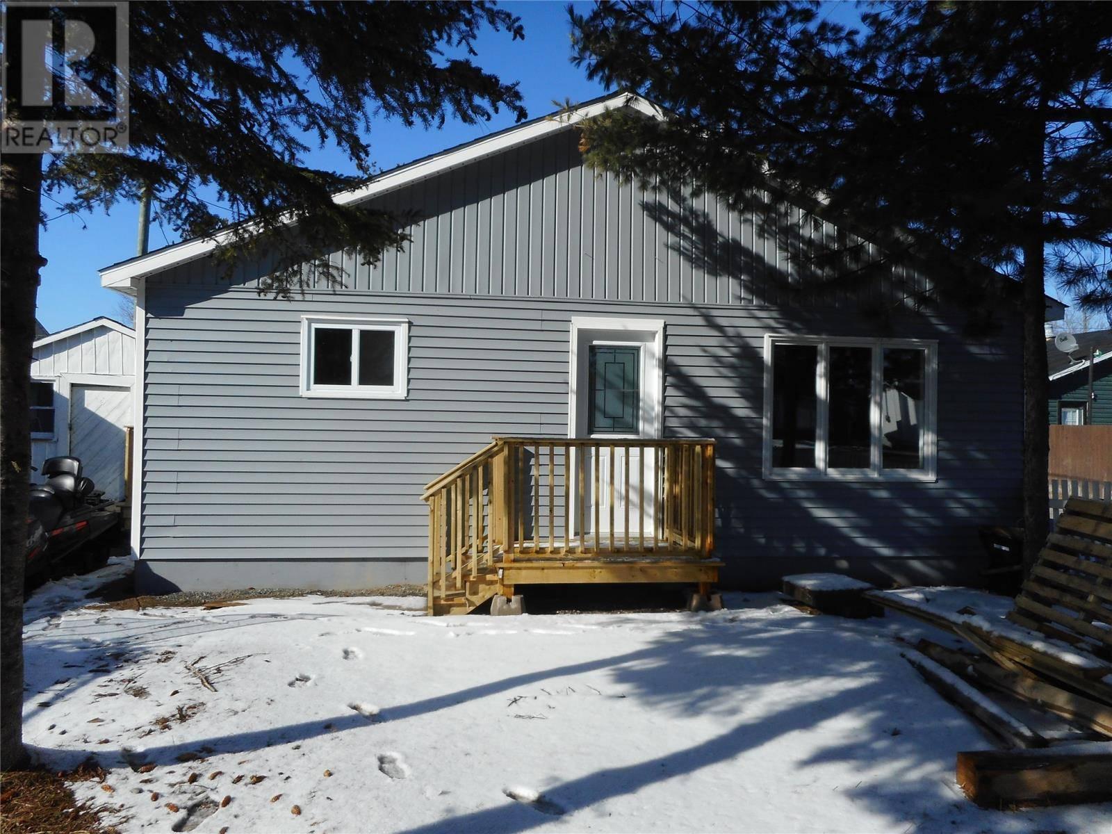 House for sale at 8 Sunset Dr Badger Newfoundland - MLS: 1193926