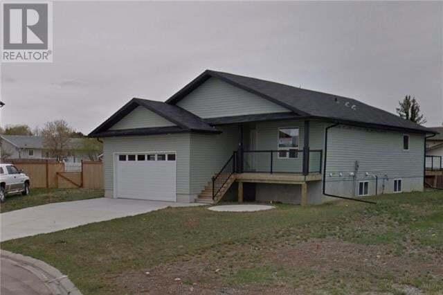 House for sale at 8 Tamarack Rte Claresholm Alberta - MLS: LD0188087