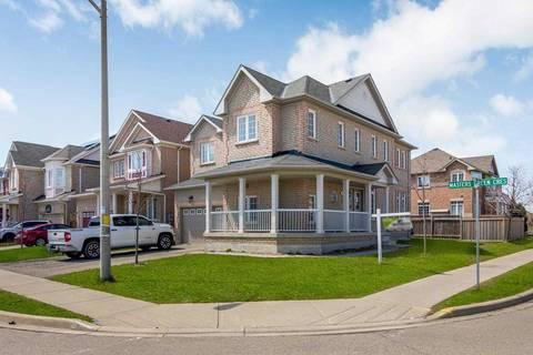 House for sale at 8 Tournament Dr Brampton Ontario - MLS: W4710159