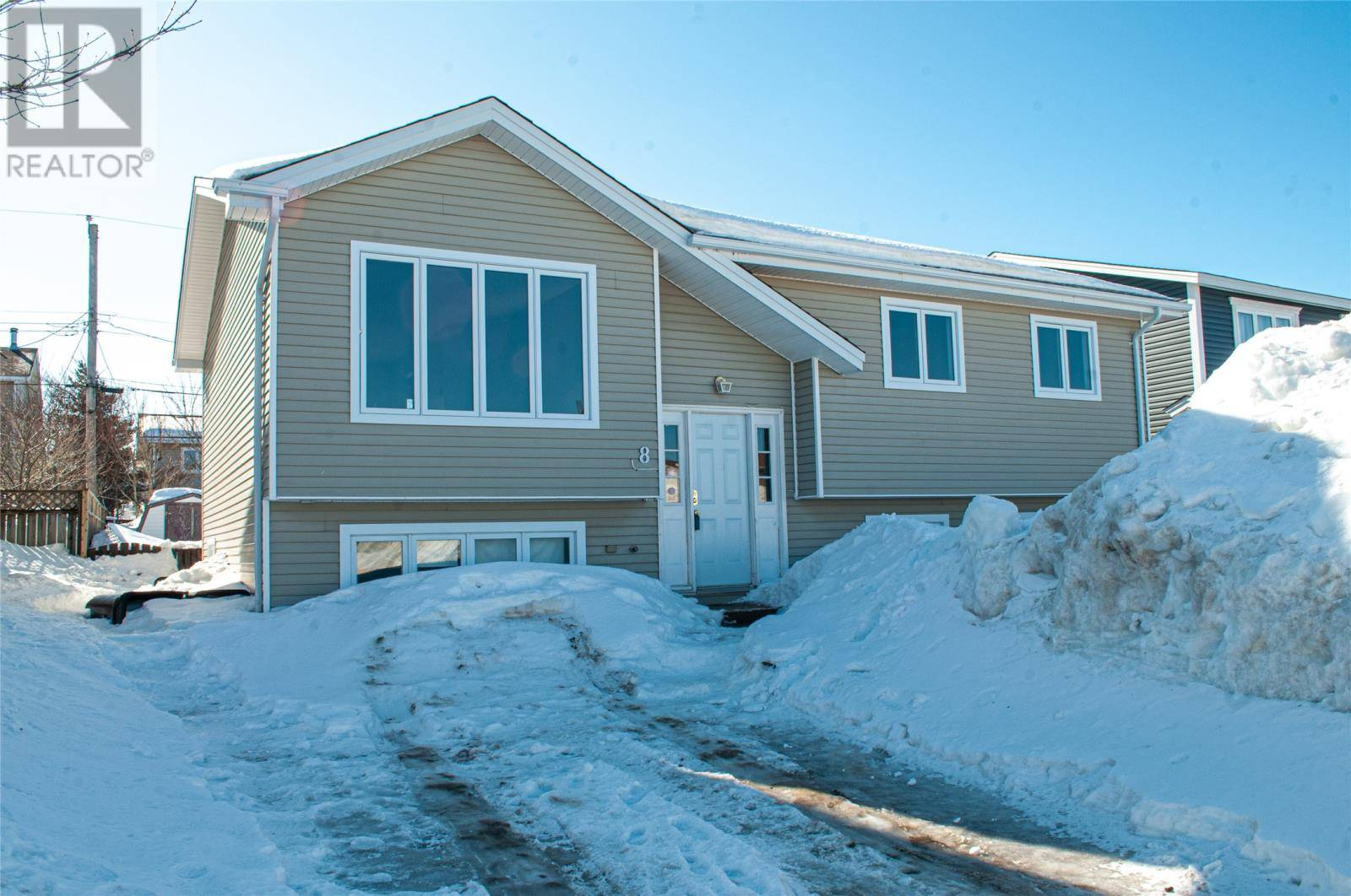 House for sale at 8 Wabush Pl St. John's Newfoundland - MLS: 1211577