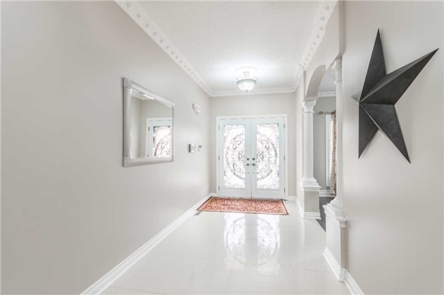 For Sale: 8 Wallaby Way, Brampton, ON | 4 Bed, 5 Bath House for $1,049,000. See 19 photos!