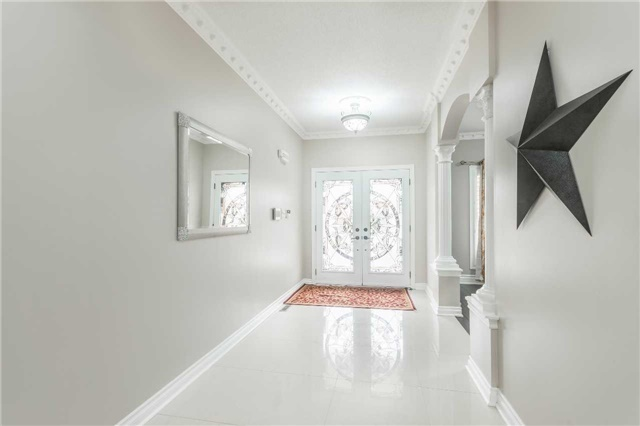 For Sale: 8 Wallaby Way, Brampton, ON   4 Bed, 5 Bath House for $1,049,999. See 19 photos!