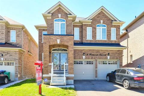 House for sale at 8 Waterwide Cres Brampton Ontario - MLS: W4481109