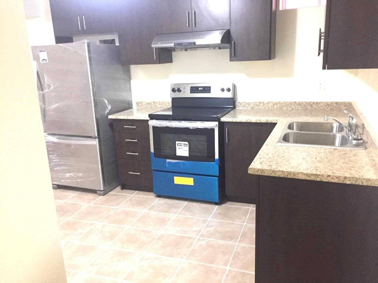 House for rent at 8 Winners Circ Brampton Ontario - MLS: W4699224