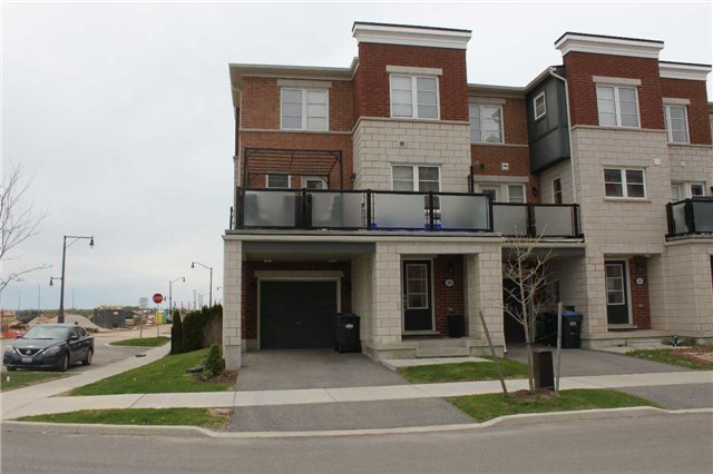 For Rent: 80 Baycliffe Crescent, Brampton, ON | 3 Bed, 2 Bath Townhouse for $2,000. See 12 photos!