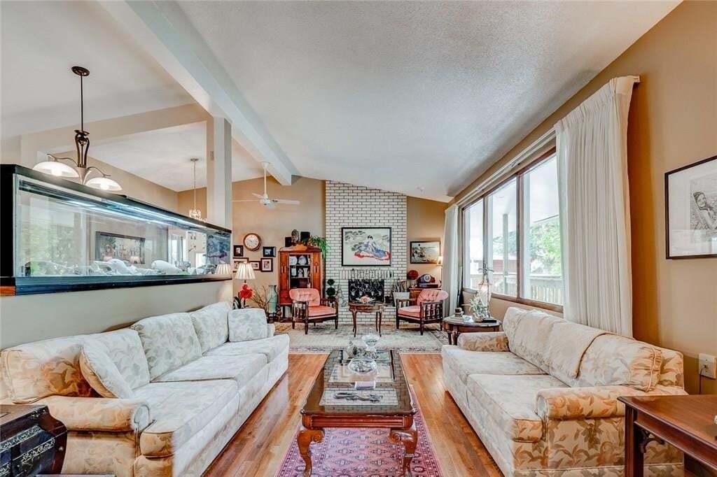 House for sale at 80 Calandar Rte Northwest Calgary Alberta - MLS: C4262502