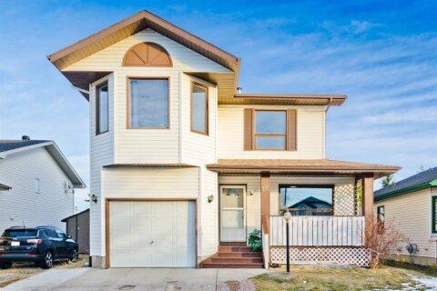 House for sale at 80 Carmel Cs NE Calgary Alberta - MLS: A1053724