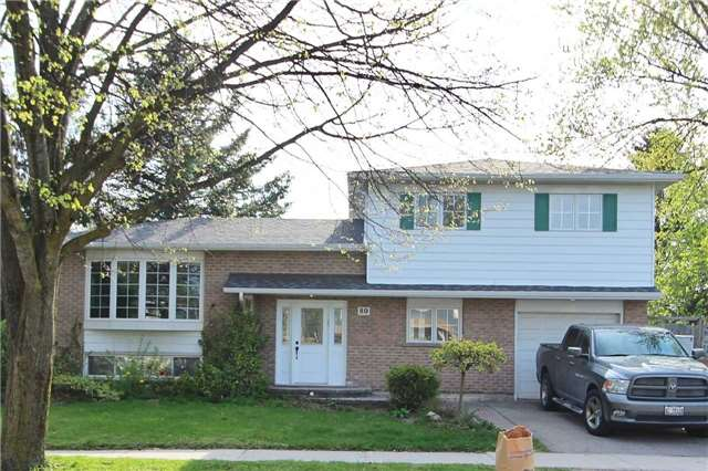 For Sale: 80 Walton Drive, Aurora, ON | 3 Bed, 3 Bath House for $829,900. See 20 photos!