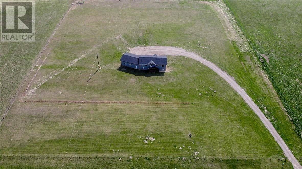 House for sale at 80043 2 Hy Fort Macleod Alberta - MLS: ld0184199