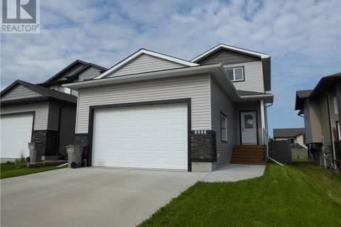 House for sale at 8006 112a St Grande Prairie Alberta - MLS: GP207806