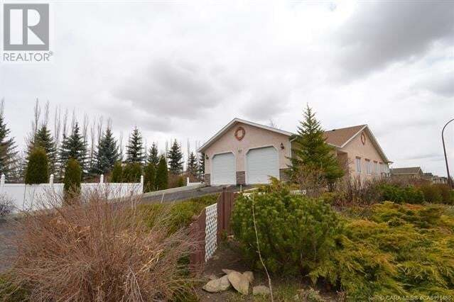 House for sale at 801 10 Ave Northeast Three Hills Alberta - MLS: ca0191488