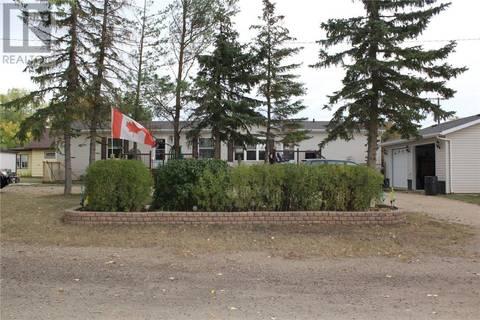 Residential property for sale at 801 Anderson Ave Radville Saskatchewan - MLS: SK747010
