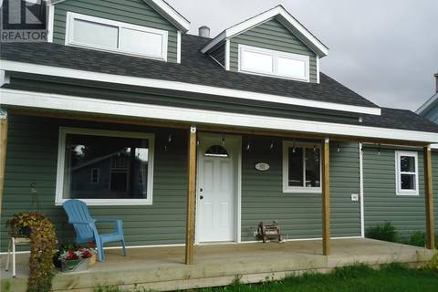 House for sale at 801 Centre St Nipawin Saskatchewan - MLS: SK805322