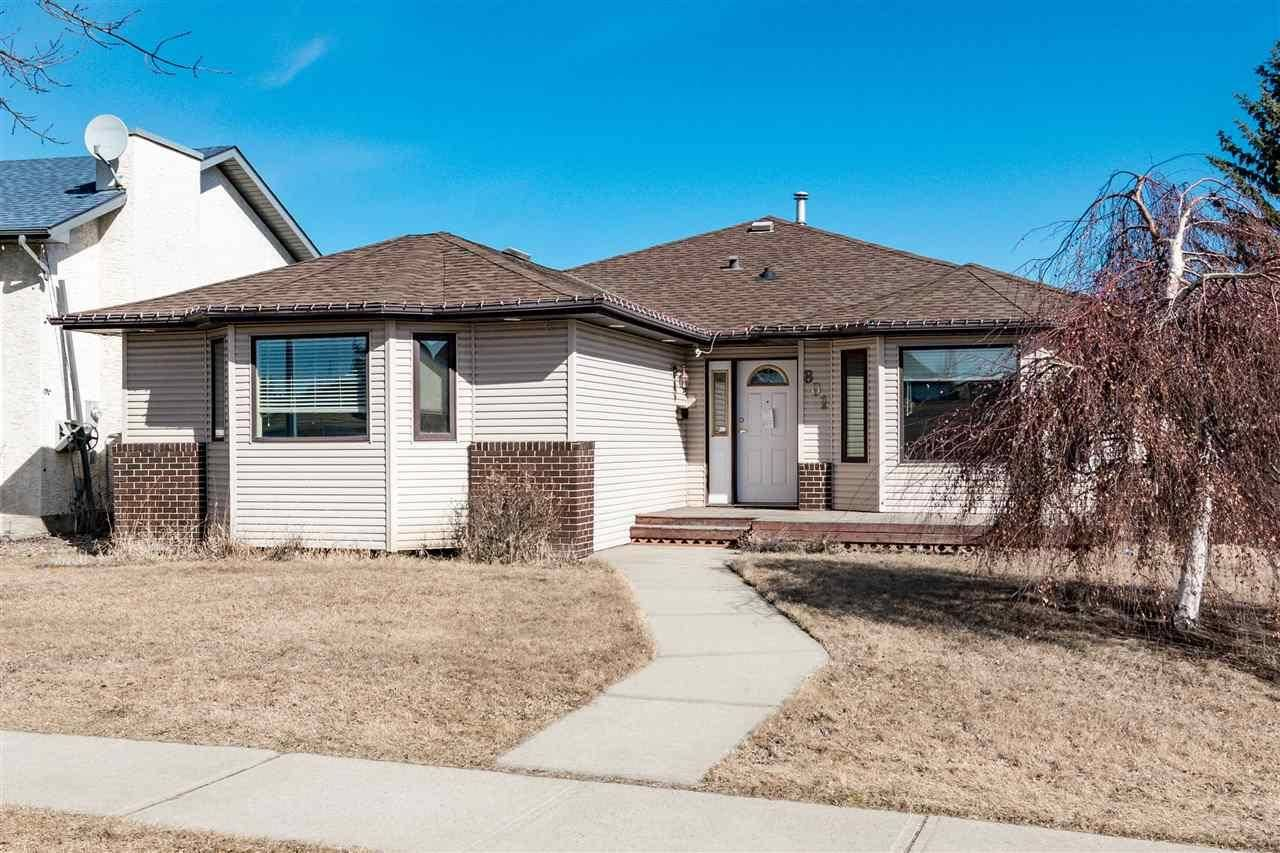 House for sale at 801 Jim Common Dr N Sherwood Park Alberta - MLS: E4186934