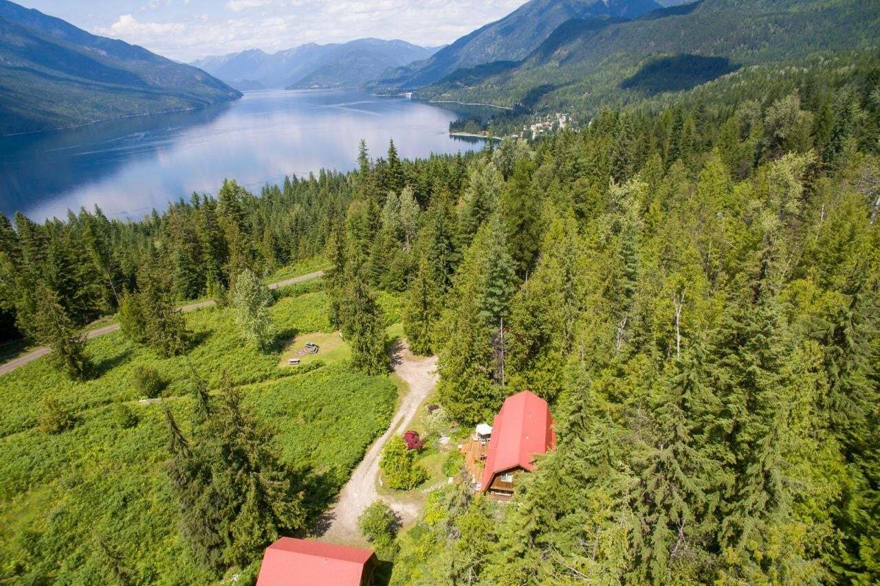 Townhouse for sale at 8010 Lower Galena Farm Road  Silverton British Columbia - MLS: 2450585