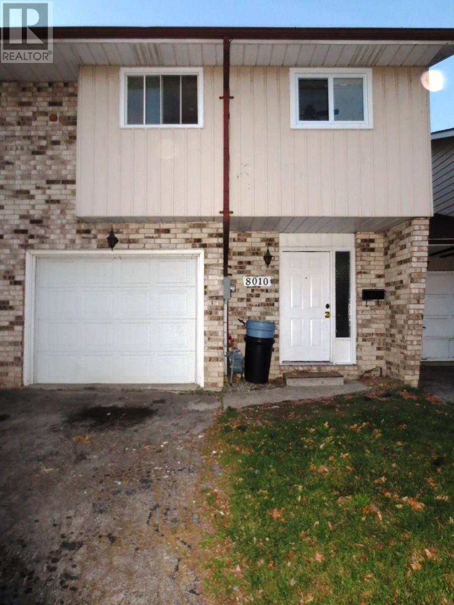 Townhouse for sale at 8010 Molnar  Windsor Ontario - MLS: 19028411