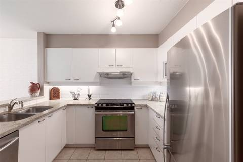 Condo for sale at 10 Laguna Ct Unit 802 New Westminster British Columbia - MLS: R2366262