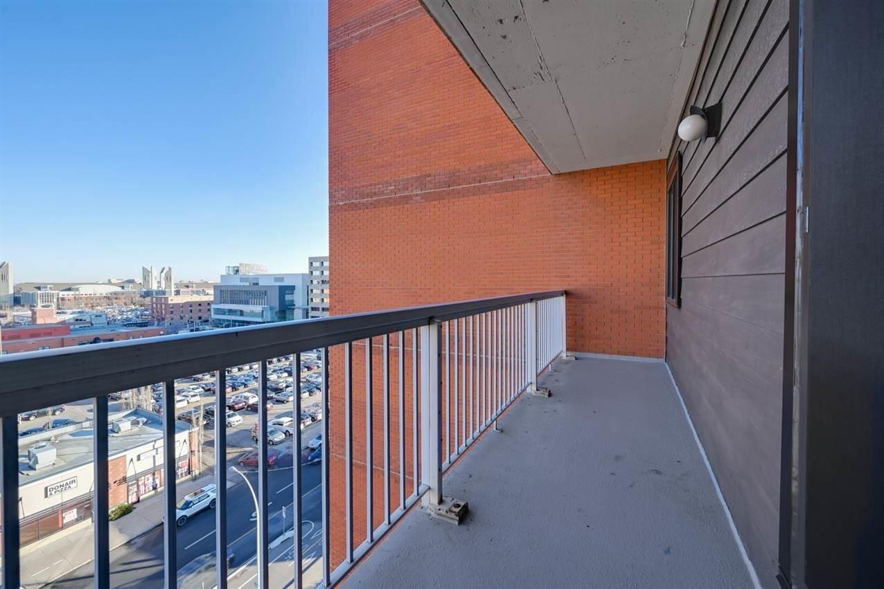 Condo for sale at 10175 109 St NW Unit 802 Edmonton Alberta - MLS: E4178810