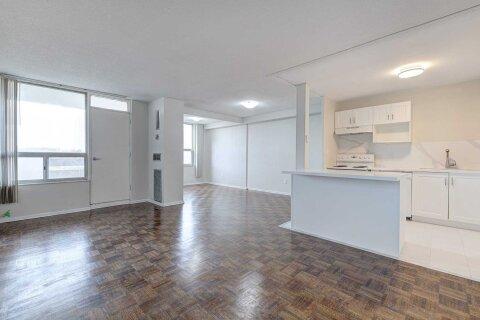 Apartment for rent at 20 Edgecliff Gfwy Unit 802 Toronto Ontario - MLS: C4989758