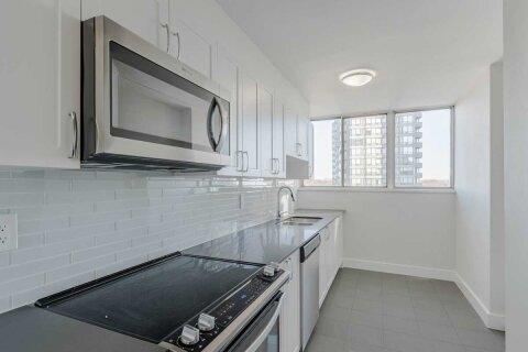 Apartment for rent at 4875 Dundas St Unit 802 Toronto Ontario - MLS: W4992390