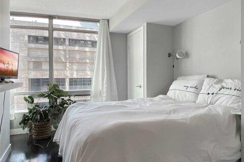Apartment for rent at 81 Navy Wharf Ct Unit 802 Toronto Ontario - MLS: C4969545
